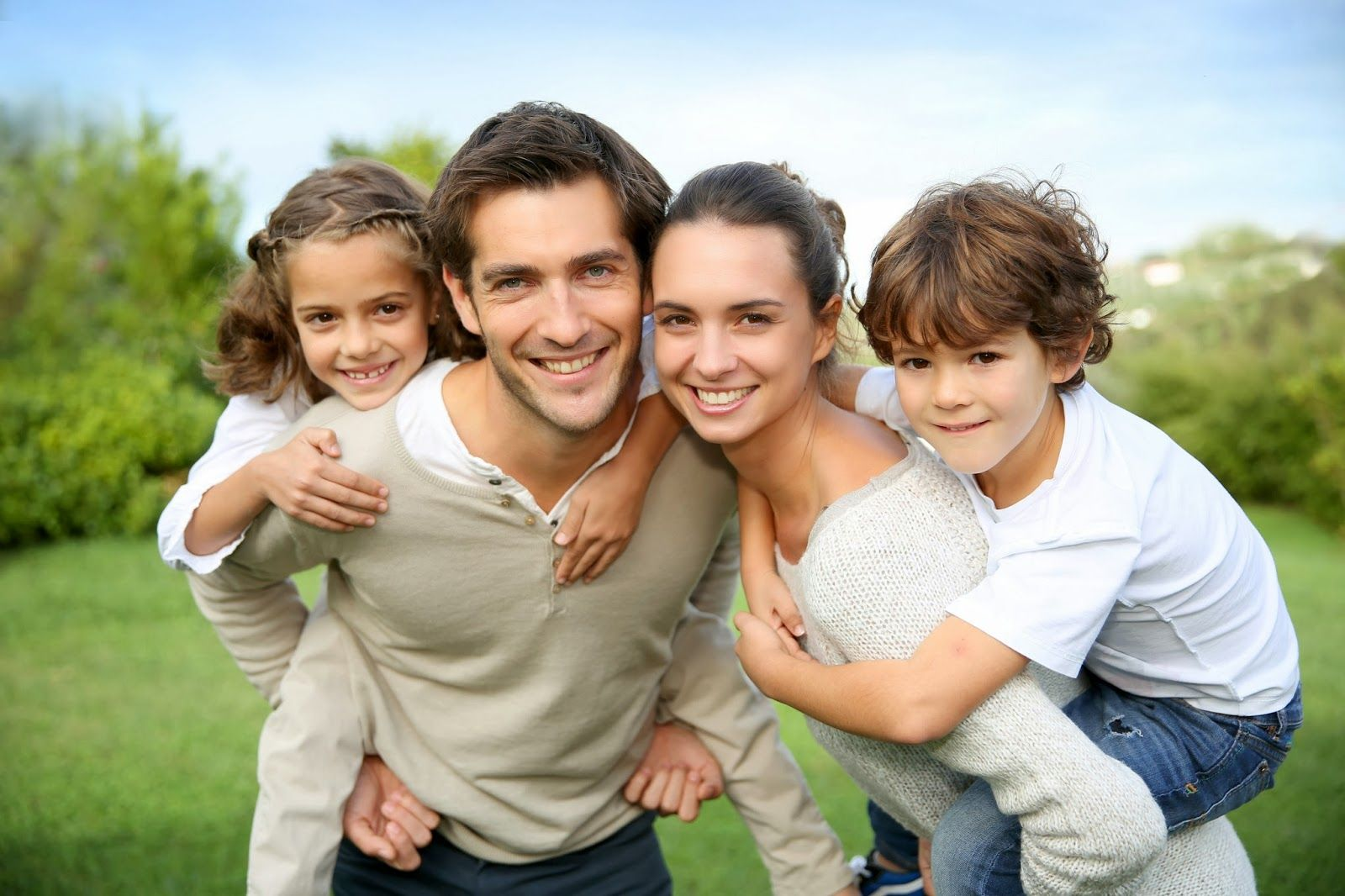 Five Characteristics Of A Happy And Healthy Family